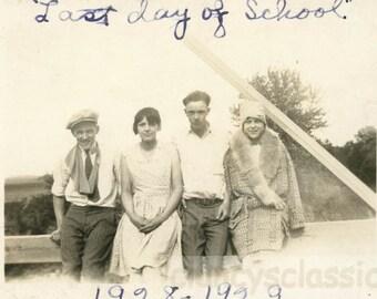vintage photo 1928 Flapper Teenage Girls Boys Last Day of School Auburn Nebraska