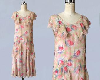 1920s Dress / 20s Floral Chiffon Dress / Lace Trim / Gorgeous!