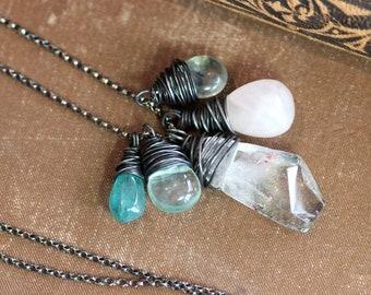 Pierre frange collier Lodolite Rose Quartz Apatite, Fluorite fil enroulé pendentifs collier en argent Sterling