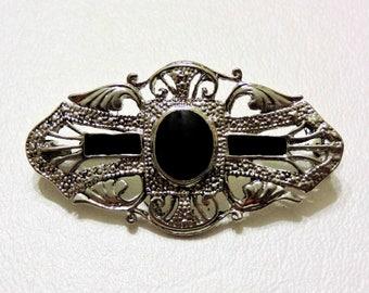 Vintage Pin Black Onyx and Silver Metal