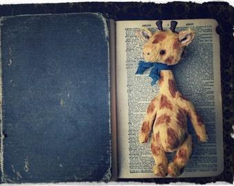 Artist Pattern Giraffe  by Medveduska 6.5inch