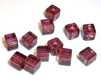 1 strand glass beads 4 mm cube in Berry