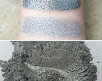 Falling Star - Grey-Silver, Mineral Eyeshadow, Mineral Makeup, Vegan