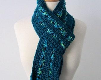 Dark Emerald Green Crocheted Scarf
