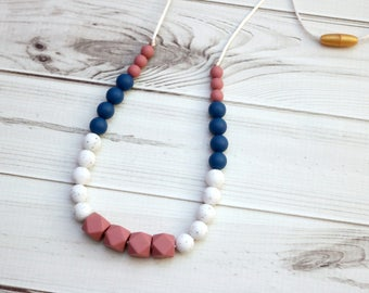 Silicone Teething Necklace | Teething Necklace for Mom | Chewelry | Breastfeeding Necklace | Baby Shower Gift | Newborn Gift | Teether