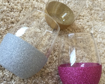 Glitter Dipped Stemless Wine Glass