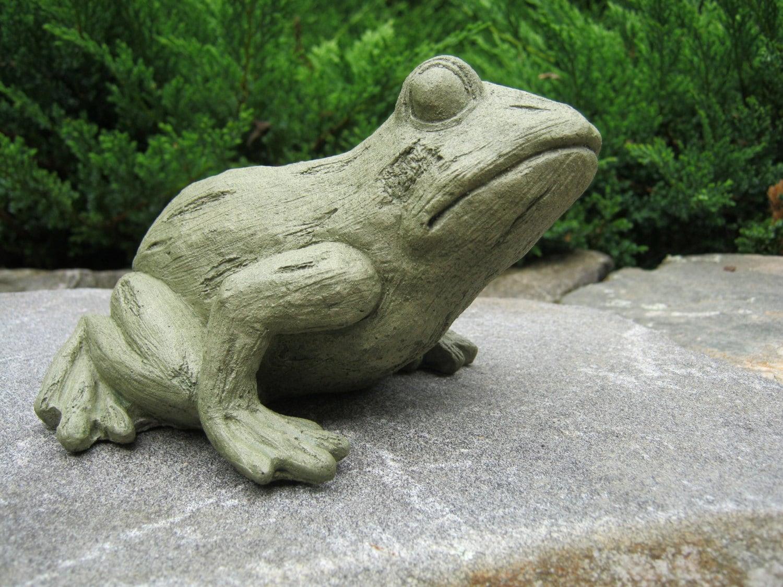 Frog Statue Tree Frog Concrete Statue Cast Stone Figurine