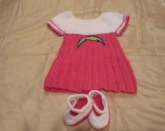 Crochet baby chargers dres and shoes