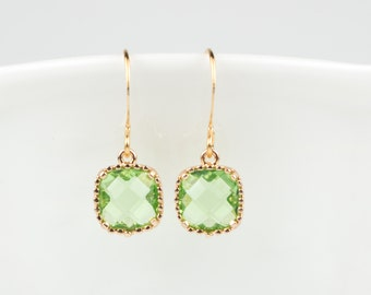 Peridot Gold Earrings, August Birthstone Square Gold Earrings, Green Gold Earrings, Peridot Earrings, Bridesmaid Earrings