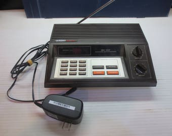 Vintage Uniden Bearcat BC-140 10 Channel Programmable Police Fire Scanner Radio