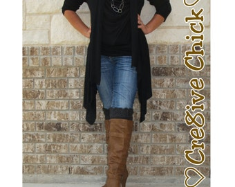 Crochet PATTERN Boot cuffs - Supercute & easy to do! Charcoal grey scalloped Design  INSTANT download! PDF Diy Great gift! Stocking stuffer