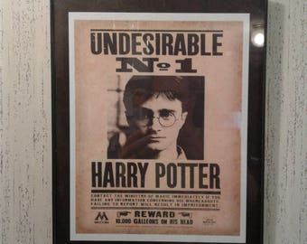 Print Only Harry Potter Undesirable No 1 Wanted Poster Print Daily Prophet Wall Art Decor Hogwarts Ministry of Magic