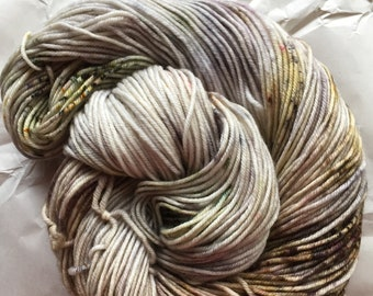 merino dk - neutrals with a chance of speckles