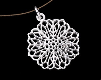 1 of 925 Sterling Silver Filigree Disc Charm 18.5mm.. :th1901
