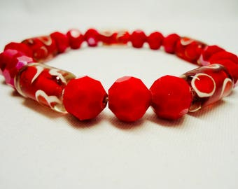 Dark Red Bracelet, Red Stretchy Bracelet, Red Crystal bracelet with Murano beads, fun and easy going jewelry, Mothers day gifts for daughter