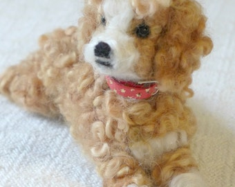 Needle Felted Dog / Personalized gift for pet lovers /Custom Pet Portrait by Artist /Gourmet Felted Original OOAK / example Goldendoodle