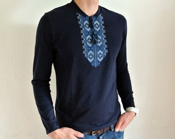Mens Vyshyvanka shirt Ukrainian gift Ukrainian embroidery Embroidered tshirt Short sleeve t-shirt Ethnic clothing