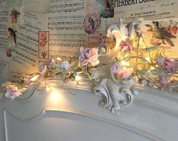 Pretty vintage-style floral garlands