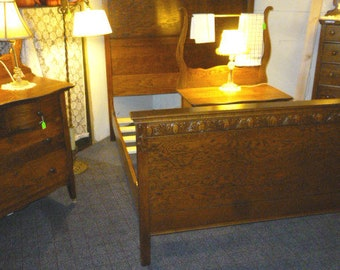 Antique Oak Bedroom set 3pc. Full Bed, washstand, dresser with mirror 1900's refinished