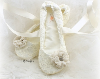 Ivory Ballet Flats Wedding Flats, Lace Ballet Slippers for Wedding with Flowers