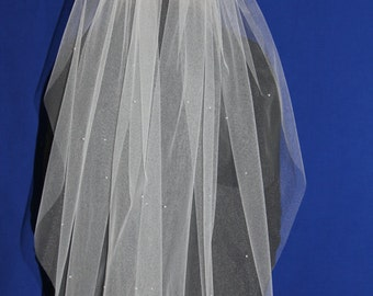 Wedding Veil - Veil with Pearls and a metal comb