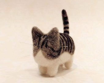 Adorable Needle Felted Exotic Shorthair Kitty, Needle Felted Cat Miniature