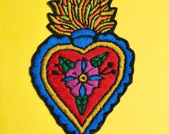 """Embroidered Patch - """"EL MILAGRO"""" Hand Made Patch, Mexican Patch, Mexican Amulet, Iron on, Sew on Patch, Heart Patch"""