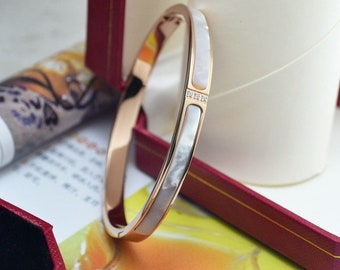 White / Rose Gold Filled Solid Women's Mother of Pearl Bangle Bracelet