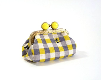 cats in the check pattern metal frame purse, coin purse, kiss lock purse