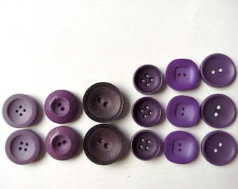 Different sets of 2 or 3 large round buttons violet purple, 2.6 cm by 3.5 cm diameter