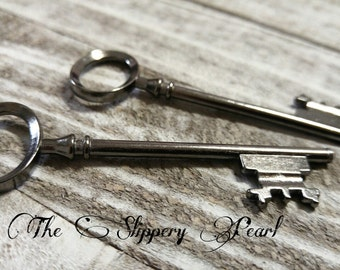 Big Keys-Large Skeleton Key-Black Gunmetal Key Pendant-80mm 3 inch Old Fashioned Key Large Key Pendant