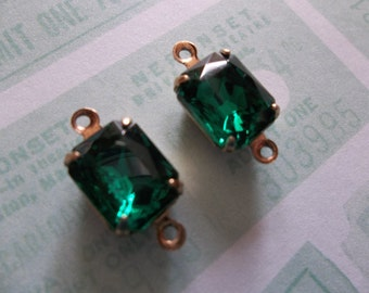 Octagon Charms - Emerald Green Czech Glass - 10X8mm Gems - Prong Settings Jewel Drops - Your Color Choice Metal Setting - Qty 2