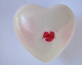 Heart KISSES vintage ADAGIO porcelain heart scarlet lips say kisses in 3D pin