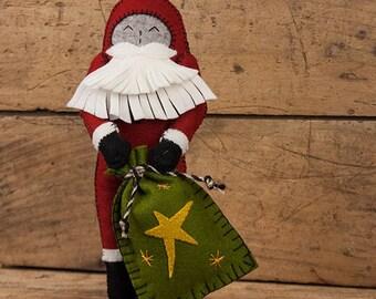 Felt Santa Doll PATTERN, Christmas Pattern, Santa Claus Doll Pattern, Santa Doll Sewing Pattern, Santa Claus Doll, Primitive Santa, Folk Art