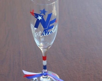 New England Patriots, Sports Glassware, Football Glasses, Cheer the Patriots onto the Super Bowl!