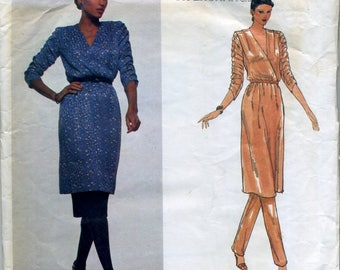 Vintage Givenchy sewing pattern, Vogue Paris Original size 6, 1970's