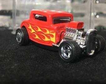 Custom 2017 Hot Wheels 32 Ford Rubber Tires