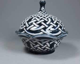 Lidded Celtic Knotwork Bowl
