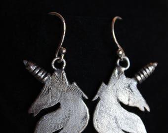 Pendientes de unicornio. Pendientes de plata hechos a mano. Pendientes exclusivos.