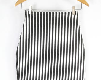 90's Black and White Striped Pencil Skirt