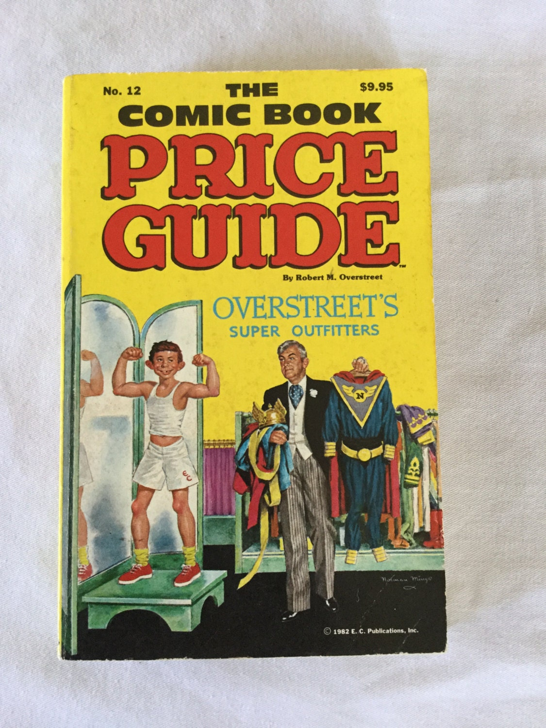 The Comic Book Price Guide no. 12 Overstreet\'s Super