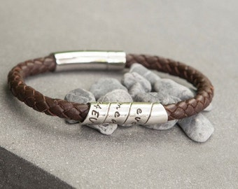Lyric Brown Bono Scroll Bracelet