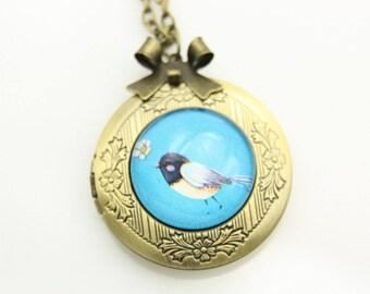 Necklace locket little bird 2020m