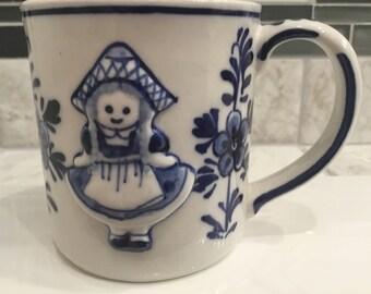 Delft Girl Mug, D.A.I.C. Handpainted Delft Blue Girl Mug, Delft Coffee Mug, Delft Blue Cup, Vintage Delft 1984