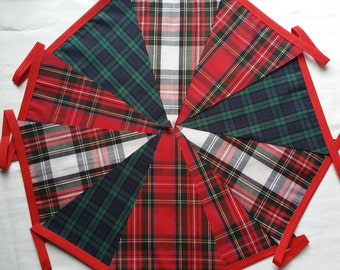 30ft / 9m Tartan Mixed Bunting Pennant Garland: Handsel Burns Night Lanimer Gala St Andrews Party Scottish Ceilidh Hogmanay