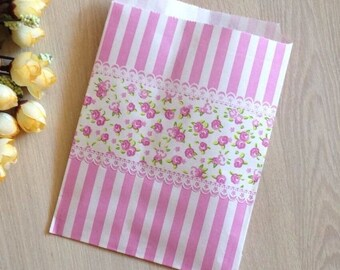 25x Floral Lace Paper Gift Bag - Flower Party Treat Bag - Wedding Favour Bag - for Christmas Cookie Lolly Chocolate - Candy Bag