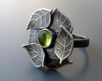 Peridot Ring - Etched Silver Gemstone Jewelry