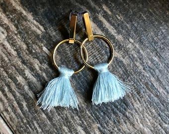 Gold Stud Earrings,Gold Tassel Earrings,Sculptural Earrings Gold,Gold Studs Earrings,Tassel Stud Earrings,Tassel Earrings,Tassel,Studs,Studs