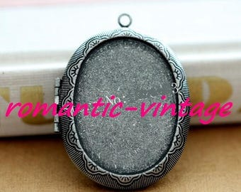 Beautiful photo Locket pendant and cabochon 40 * 30mm, silver antique
