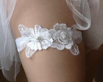 Wedding Bridal Flower Garter, white lace garter--size M